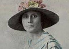Helen Desha Beamer